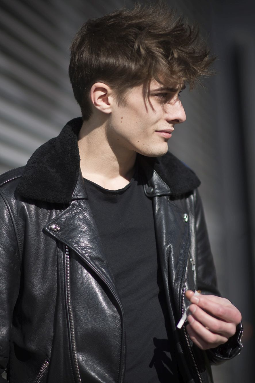 """((Maxence Danet-Fauvel)) I nod and chuckle as I shake my head """"name's Evan. 19. Couldn't care less about shit. I normally play girls and it's pretty fun. I was born to party. Introduce?"""""""