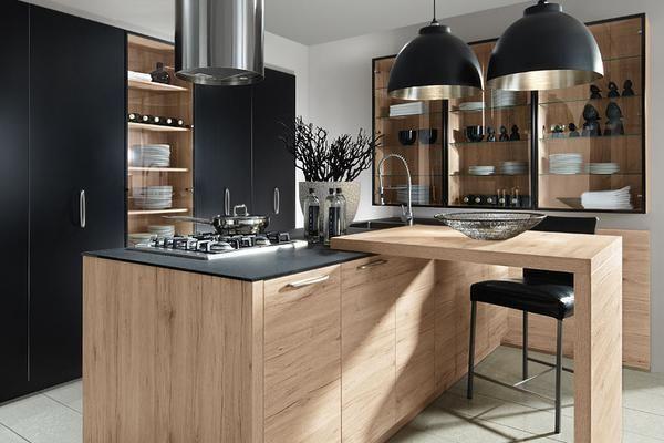une cuisine contemporaine en bois de la marque allemande schroeder propos e par l 39 artisan. Black Bedroom Furniture Sets. Home Design Ideas