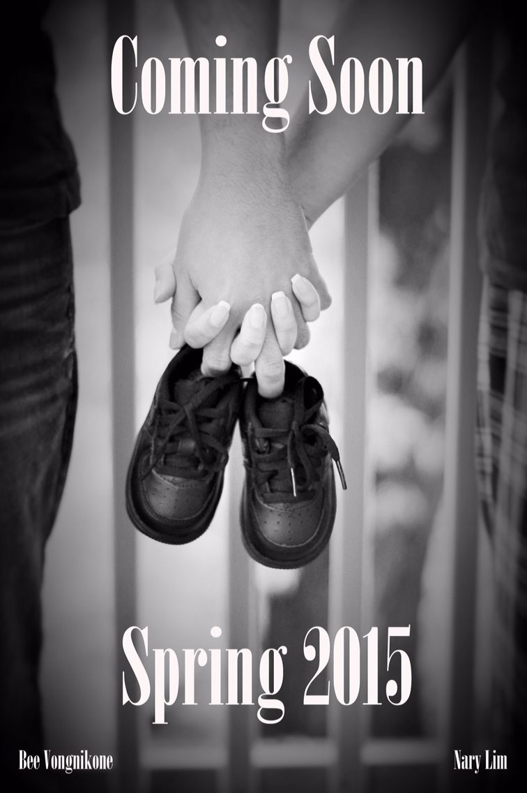 Pregnancy announcement expecting photoshoot black white baby – Black and White Birth Announcements