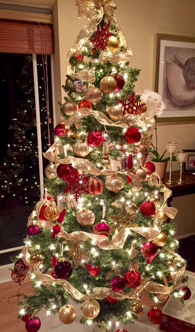 Cool 40 Most Beautiful Christmas Trees Celebrations 2018 Http Gurudecor