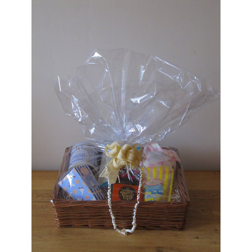 Sweet Tooth Gift Hamper | Simple gifts | Pinterest | Gift hampers ...