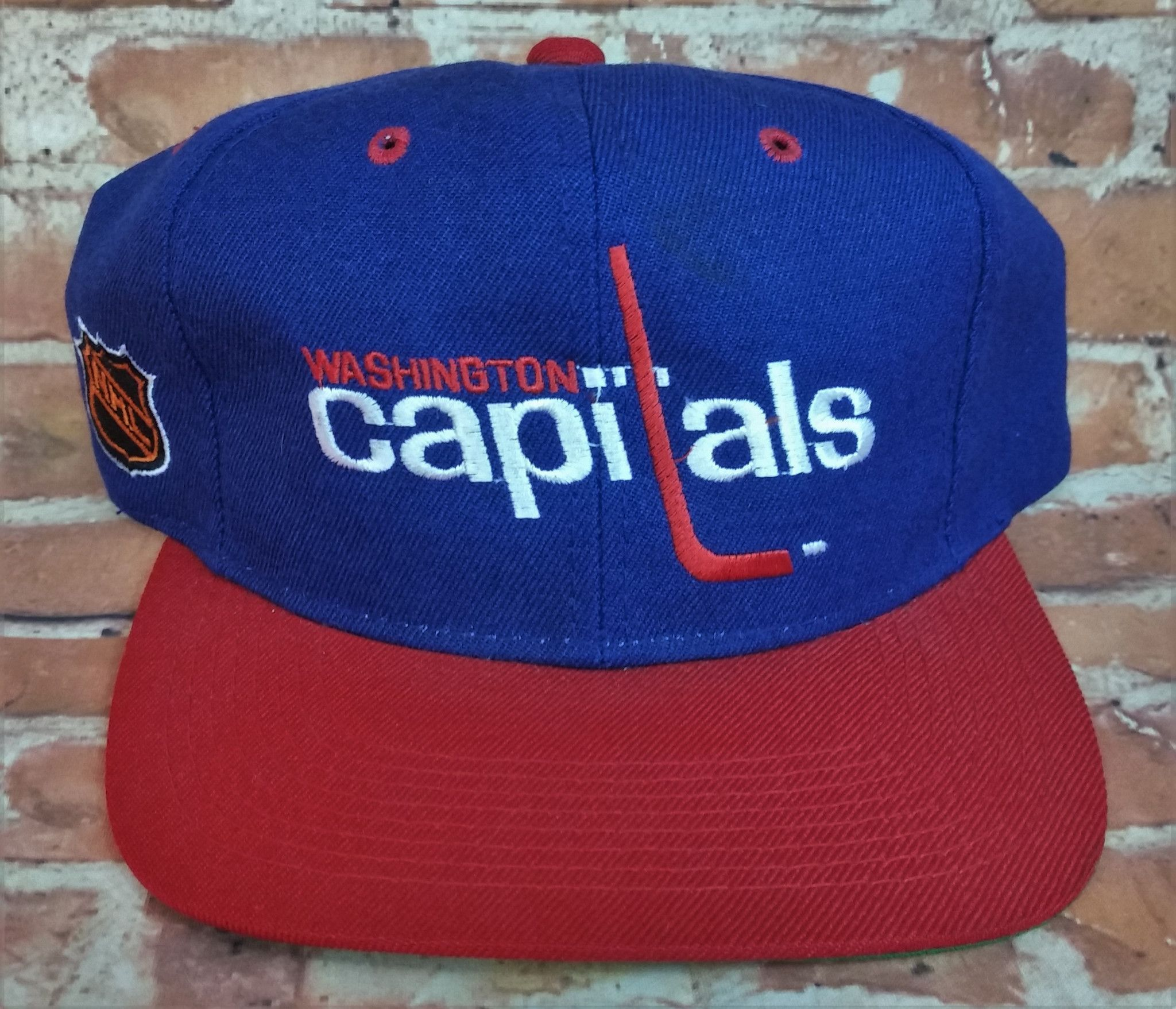 618677354 Washington Capitals Vintage Snapback Sports Specialties Script Hat NHL Rare  Cap