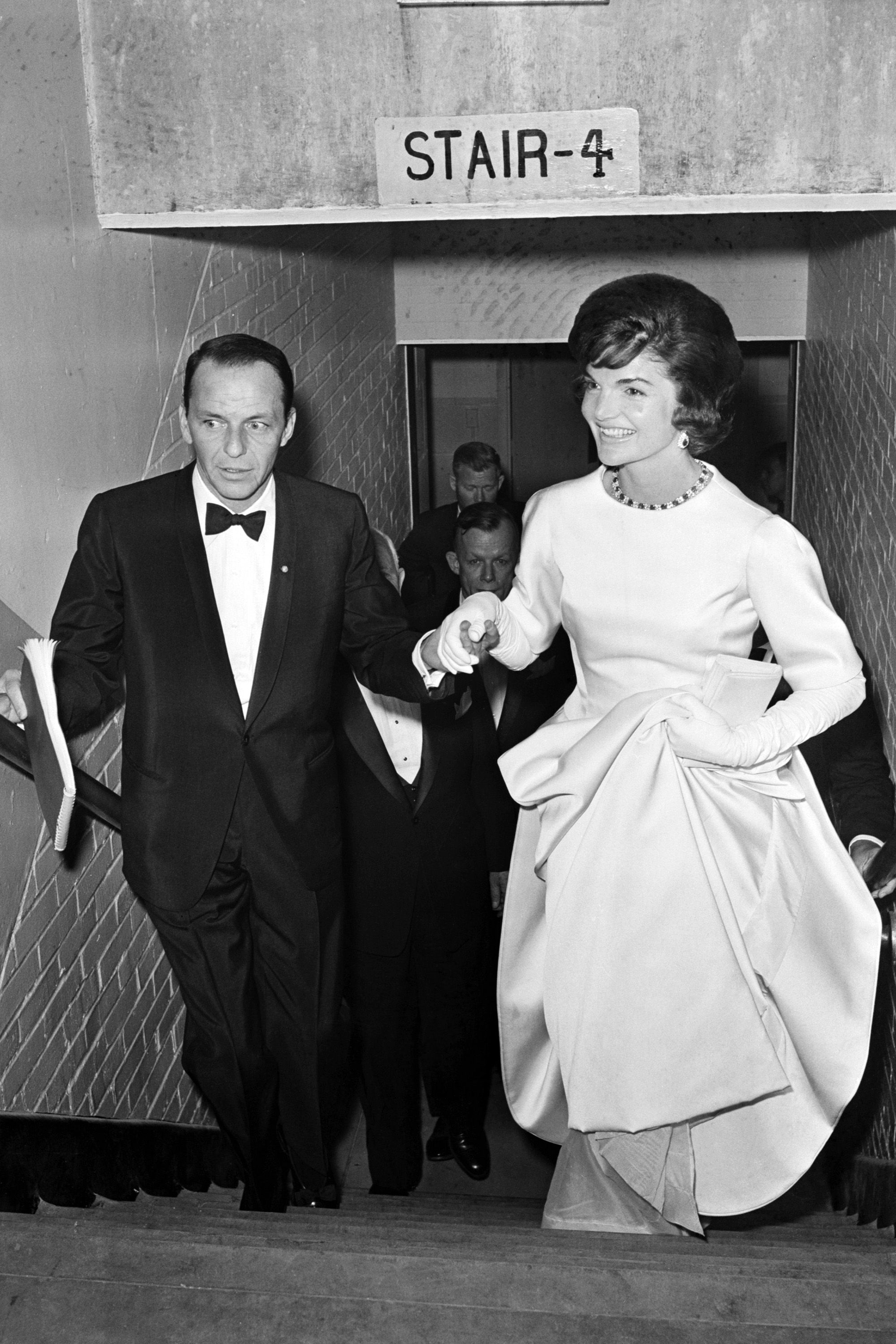 Happy Birthday Frank Sinatra See All 25 Of His Girlfriends Frank Sinatra Jackie Kennedy Jacqueline Kennedy Onassis