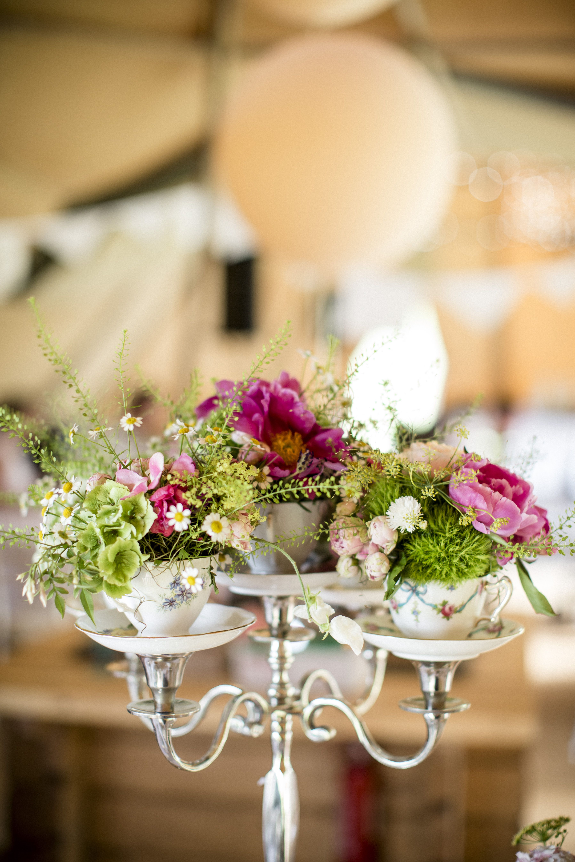 Mix 'n match teacup candelabra vintage wedding ideas