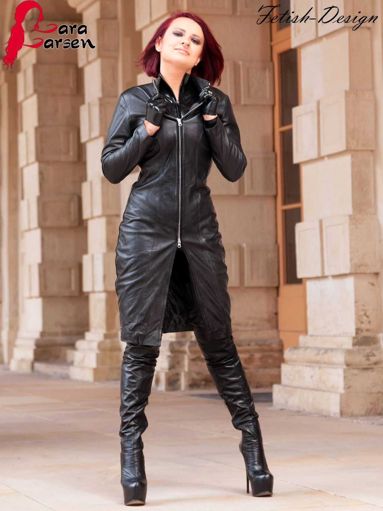 Perfect Women In Leather Boots And Gloves My Celebrity Fernando Berlin
