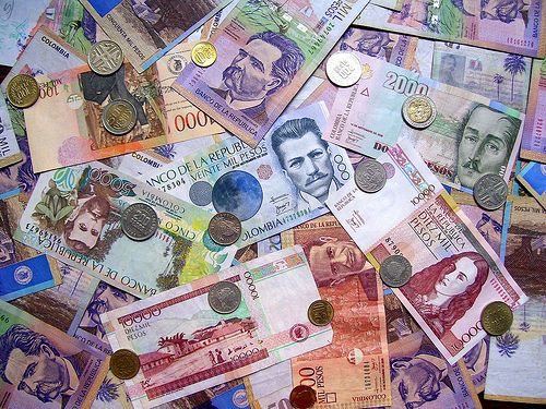 The Exchange Rate Of Colombian Peso Is 1 900 45 Pesos To U S Dollar