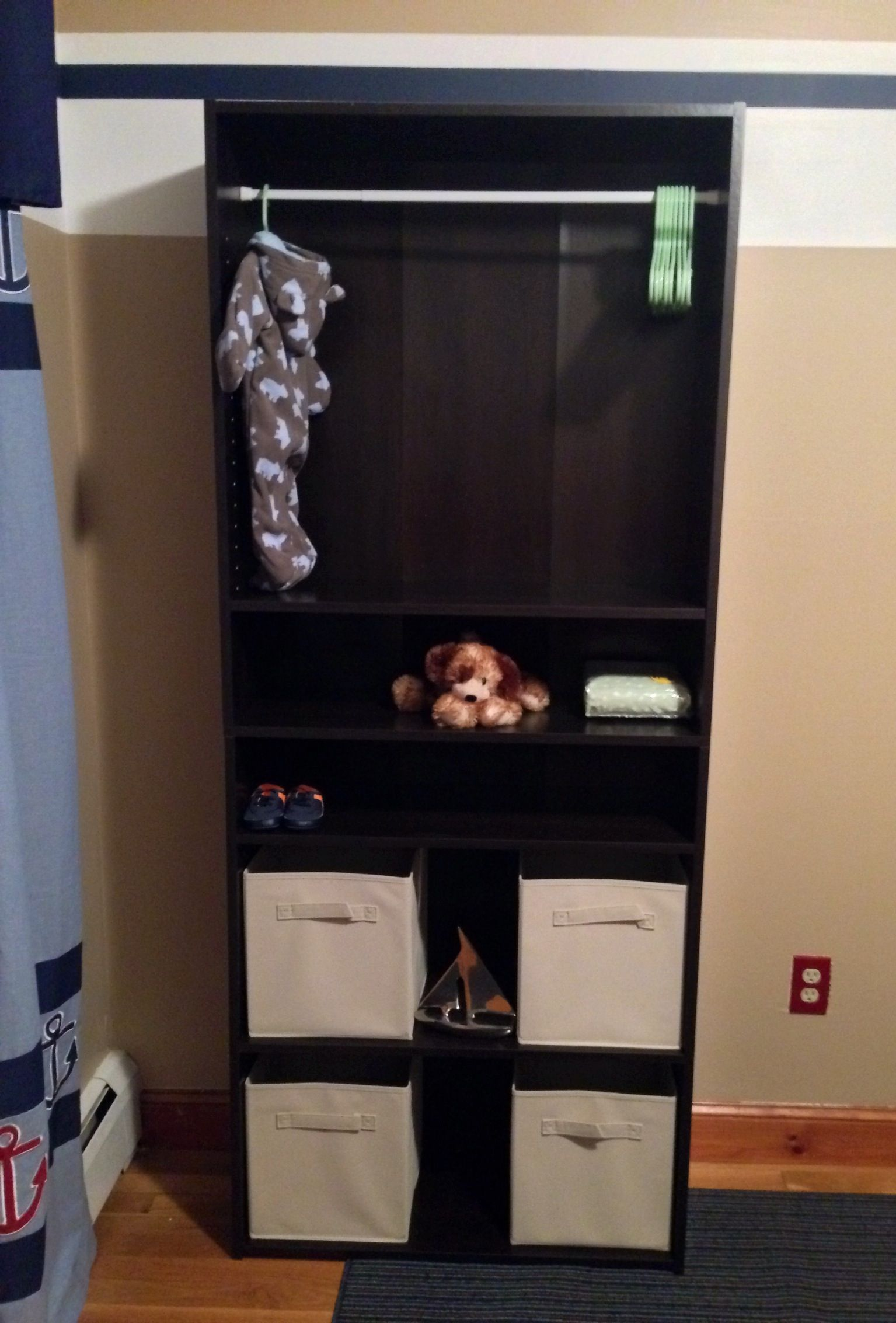 Bookcase redo for rooms with no closets kaelyn 39 s bedroom - Room with no closet ...