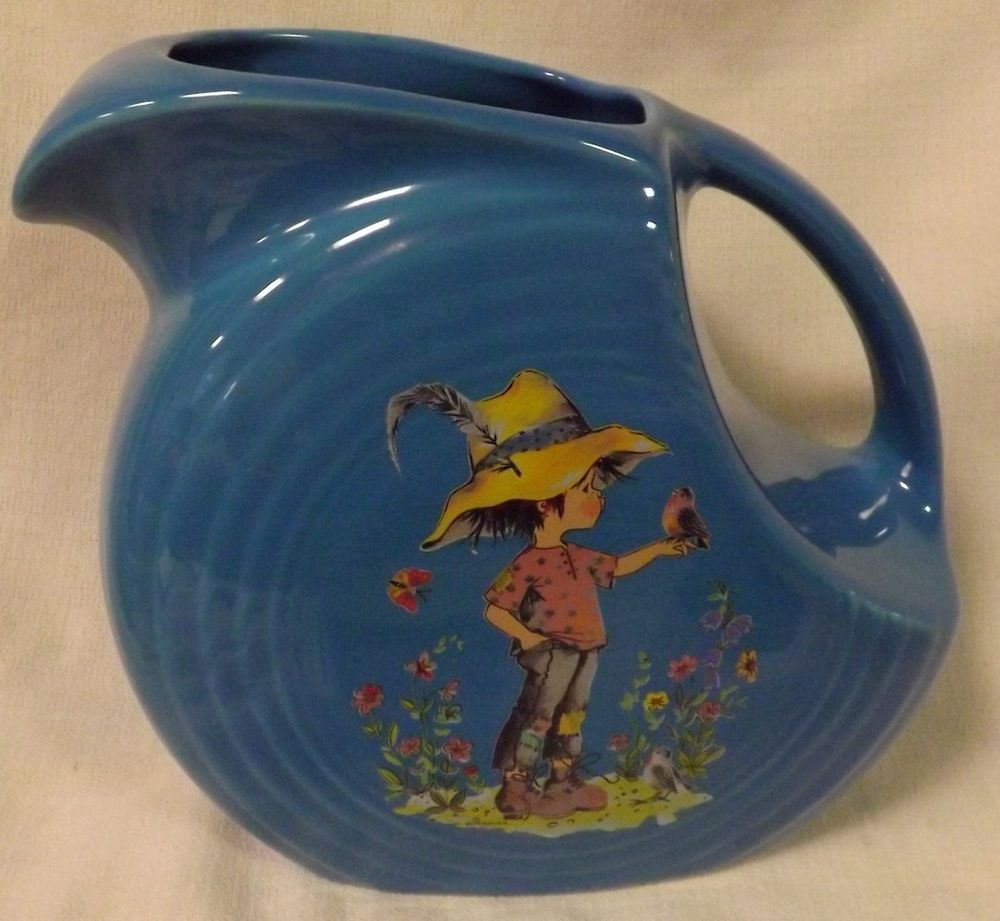 Pin By Rebecca Cummings On Fiestaware Pitchers Holly Hobbie Fiestaware Fiesta