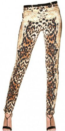 89f1ecdf5767 Not a fan od skinny jeans, but I do love the non-traditional styling of the cheetah  print. (Roberto Cavalli)