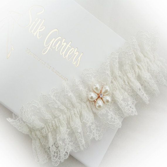 Exclusive Filigree Tulle Lace Wedding Garter Lined With Champagne