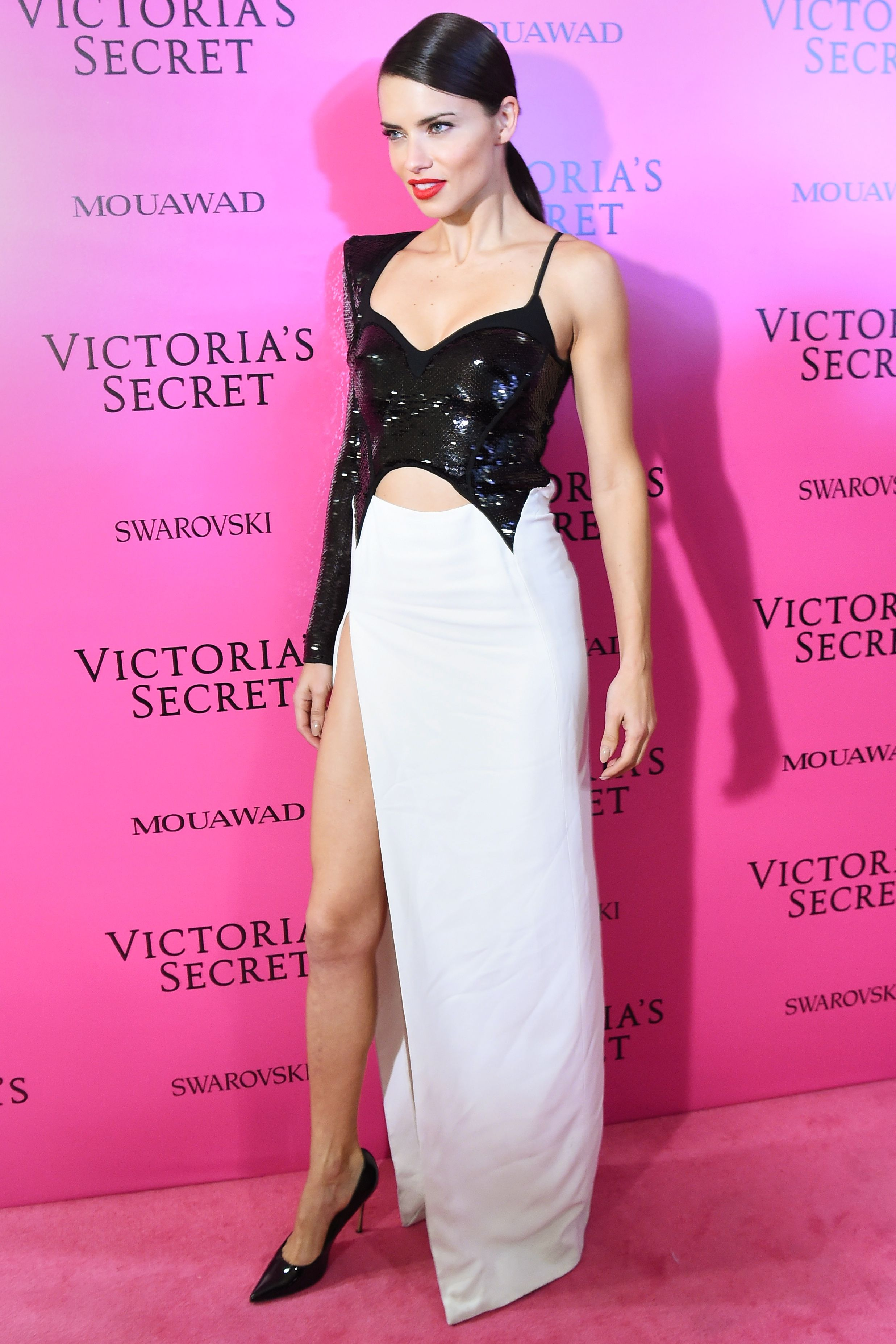 See the Hottest Looks from the 2017 Victoria\'s Secret Fashion Show ...