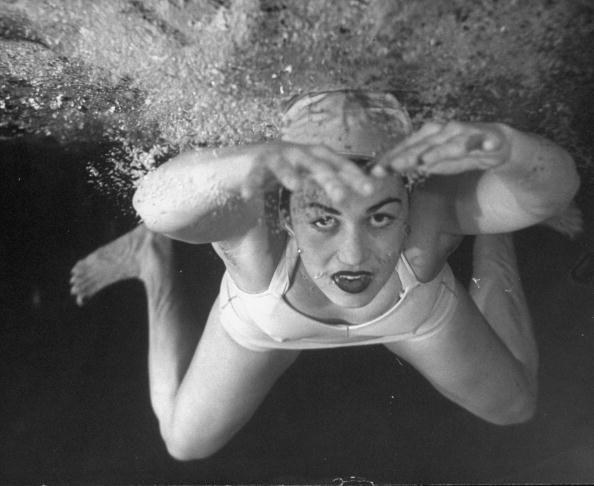 March 1946: An underwater shot of swimmer Jeanne Wilson. Photo by Wallace Kirkland. °