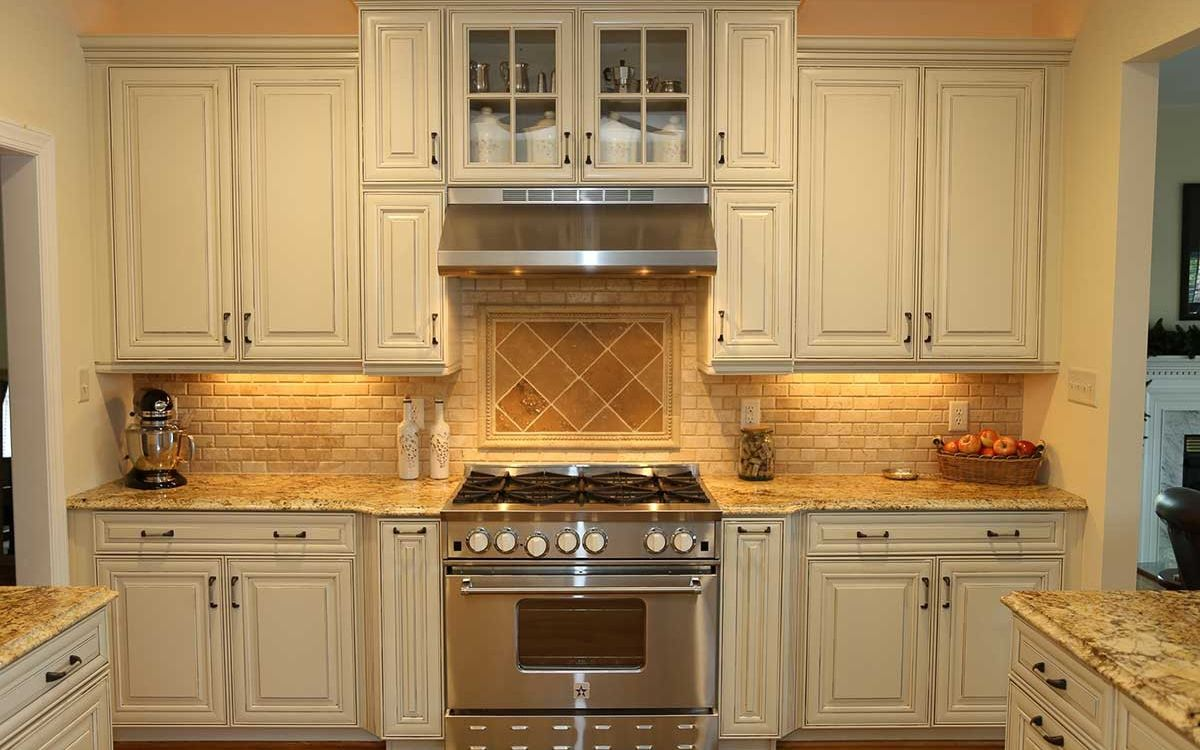 Stanco James River Construction Richmond Va White Cabinetry Kitchen Styling Custom Kitchens