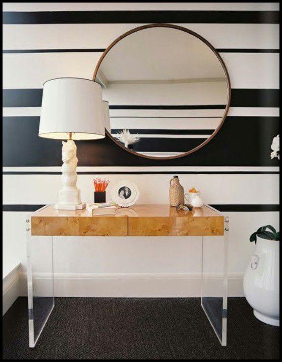 horizontal wall stripes