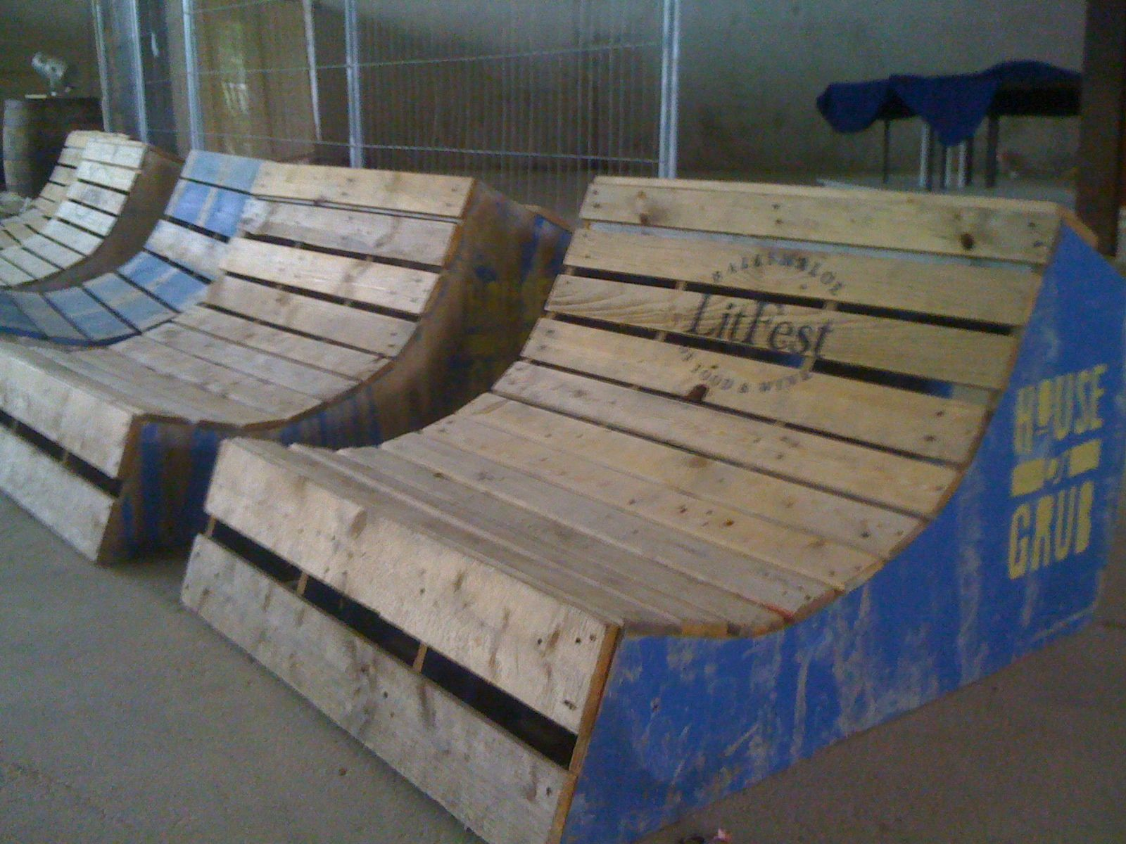 The skate ramp chairs get ballymaloe 39 d what pinterest for Skateboard chair plans