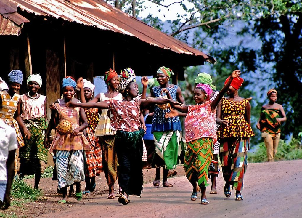 Sierra Leone   Sierra leone, Culture art, Art society