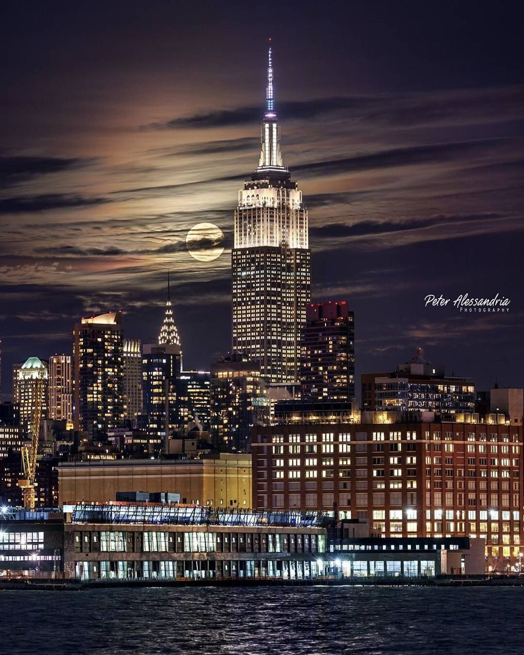 Supermoon Enlightening The Empire State Building By Peter