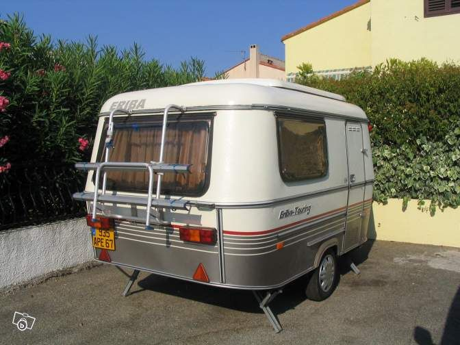 caravane eriba touring pan familia caravaning savoie verano pinterest. Black Bedroom Furniture Sets. Home Design Ideas