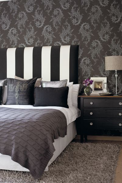 Black damask wallpaper but i think the black and white for Wallpaper headboard