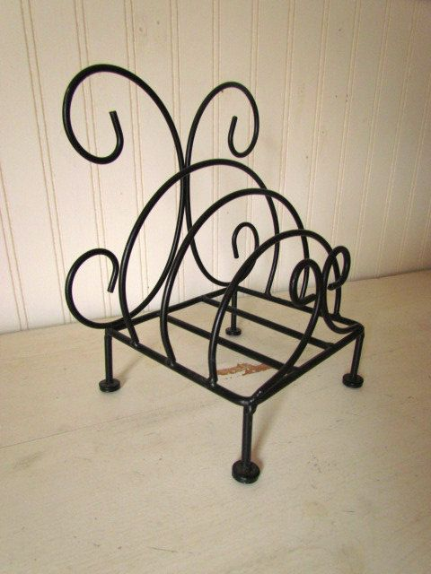 French Country Iron Plate Display or Paper Plate Holder for Your ...