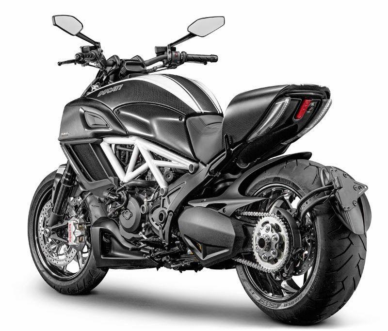 Luusama Motorcycle And Helmet Blog News: 2015 Ducati Diavel Carbon
