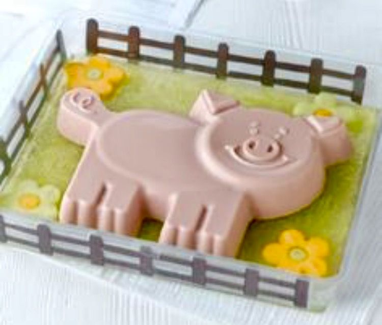 Percy Pig Milkshake Jelly Percy Pig Pinterest - Owl percy pig birthday cake