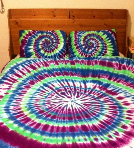 Hey, I found this really awesome Etsy listing at https://www.etsy.com/listing/129365491/tie-dye-sheet-set-100-cotton