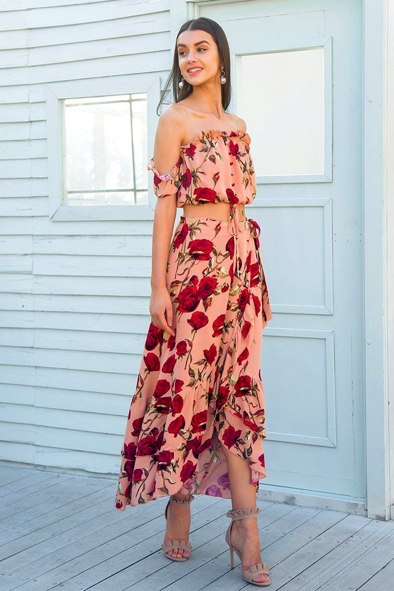 Beautiful Red Roses Skirt And Top Set Off The Shoulder Top And Ruffled Skirt 2 Piece Summer Set Elven Meadow Two Piece Dress Maxi Dress Piece Dress [ 1200 x 800 Pixel ]