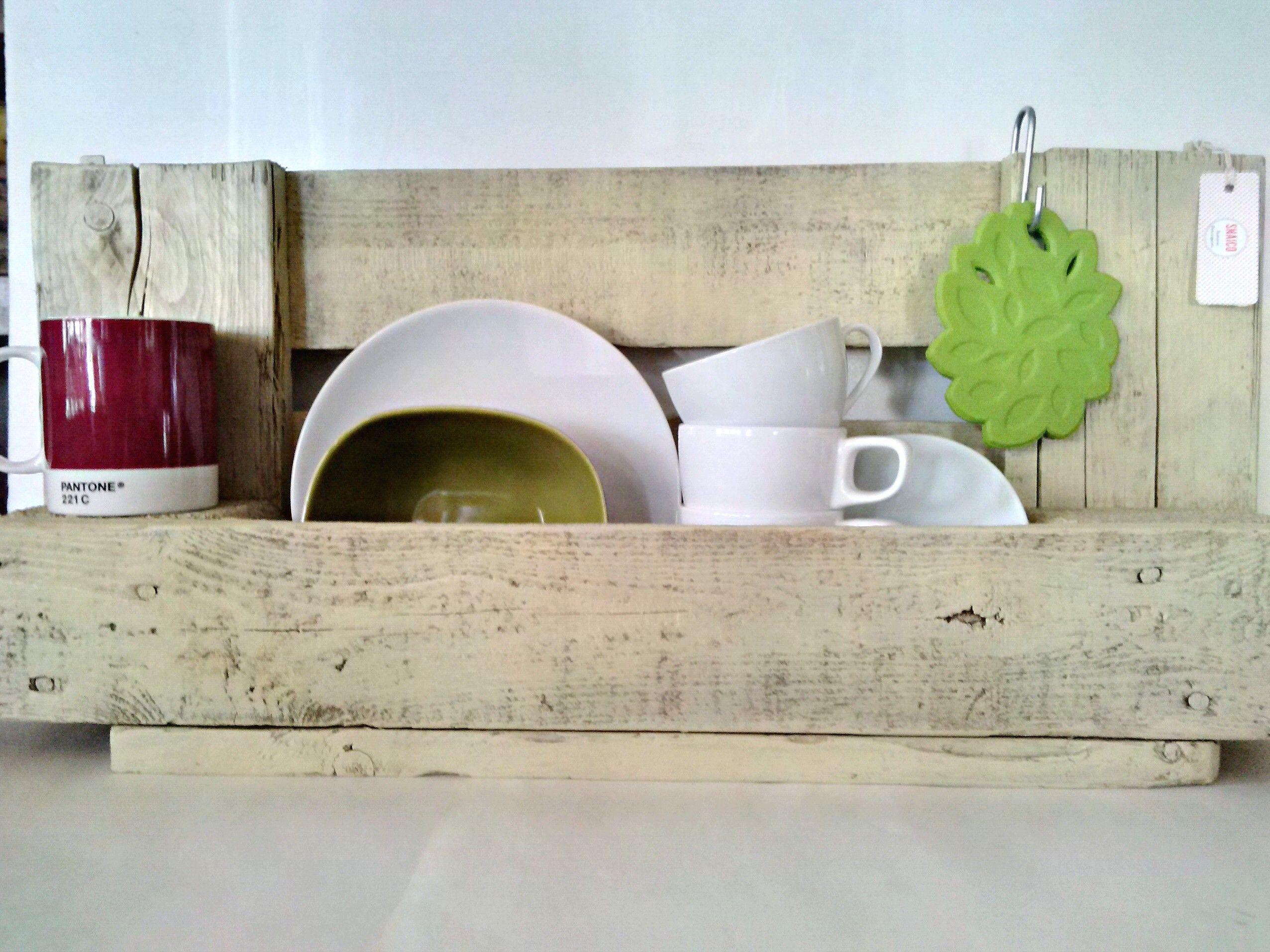 Tutto in ordine #pallet #legno #bianco #mensole #cucina | Snaicolab ...