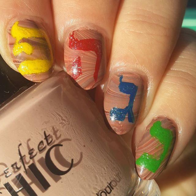 Hanukkah nail art part 2, dreidel inspired nails! #hanukkahnails ...