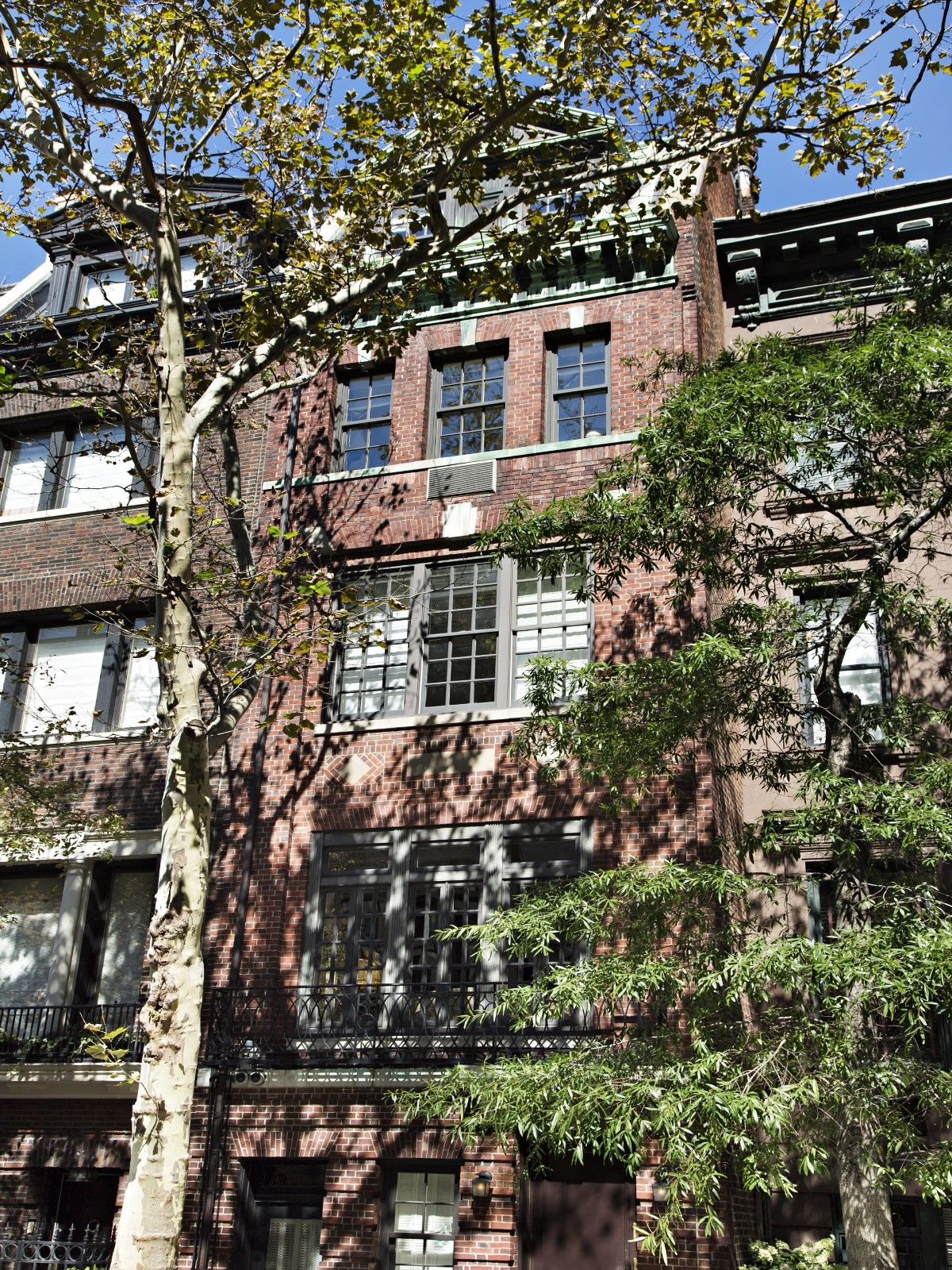 Sotheby's Homes Ny townhouse, Luxury real estate