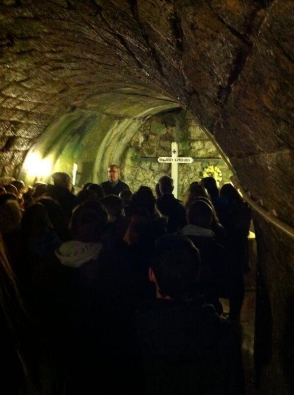 BRUYERE Franck @Nita Robinson√@dôr  De retour de Verdun et s'effondrer devant Apocalypse. Journée Grande Guerre pleine. pic.twitter.com/IQvD36AuV3