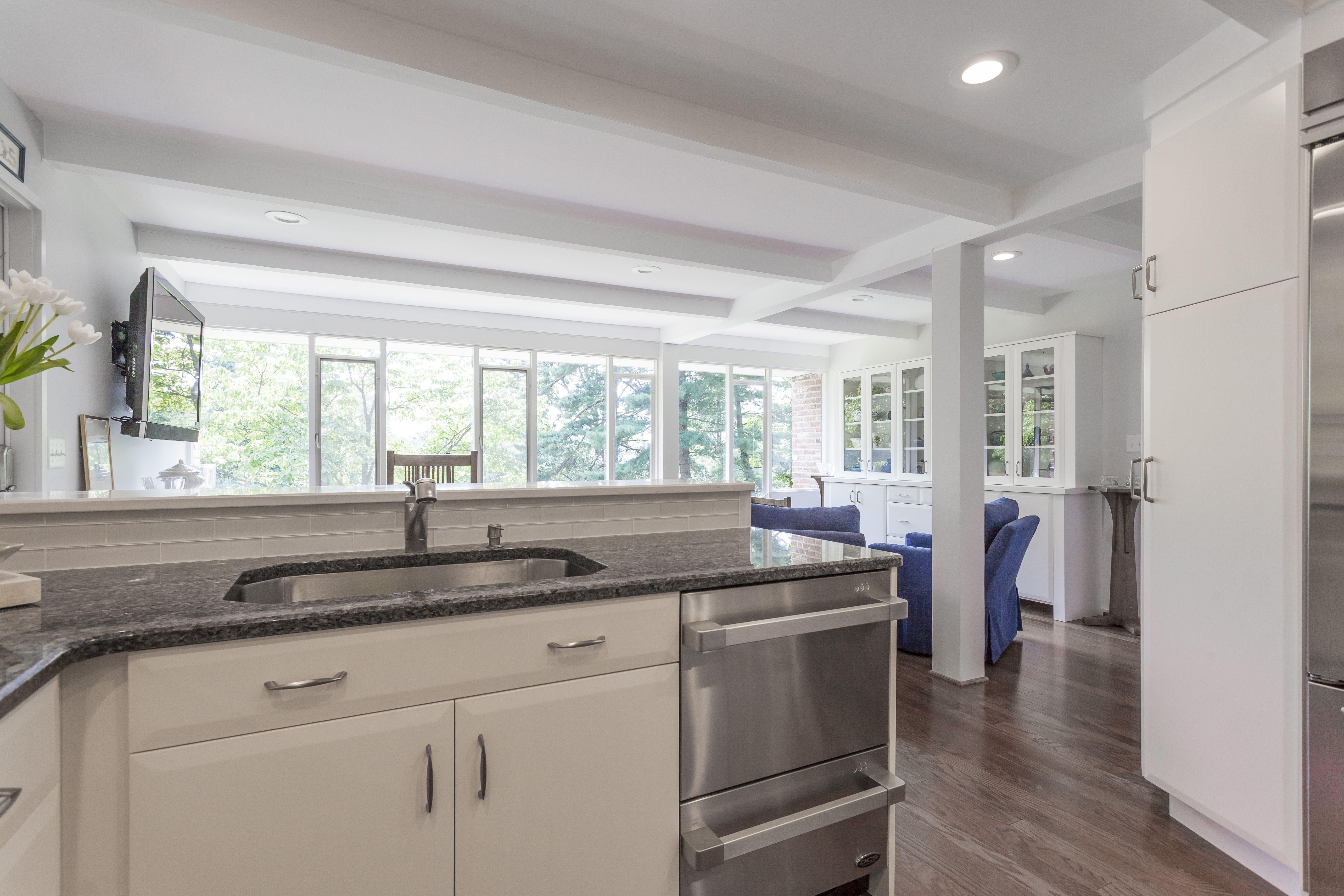 Elmwood white modern kitchen, small kitchen