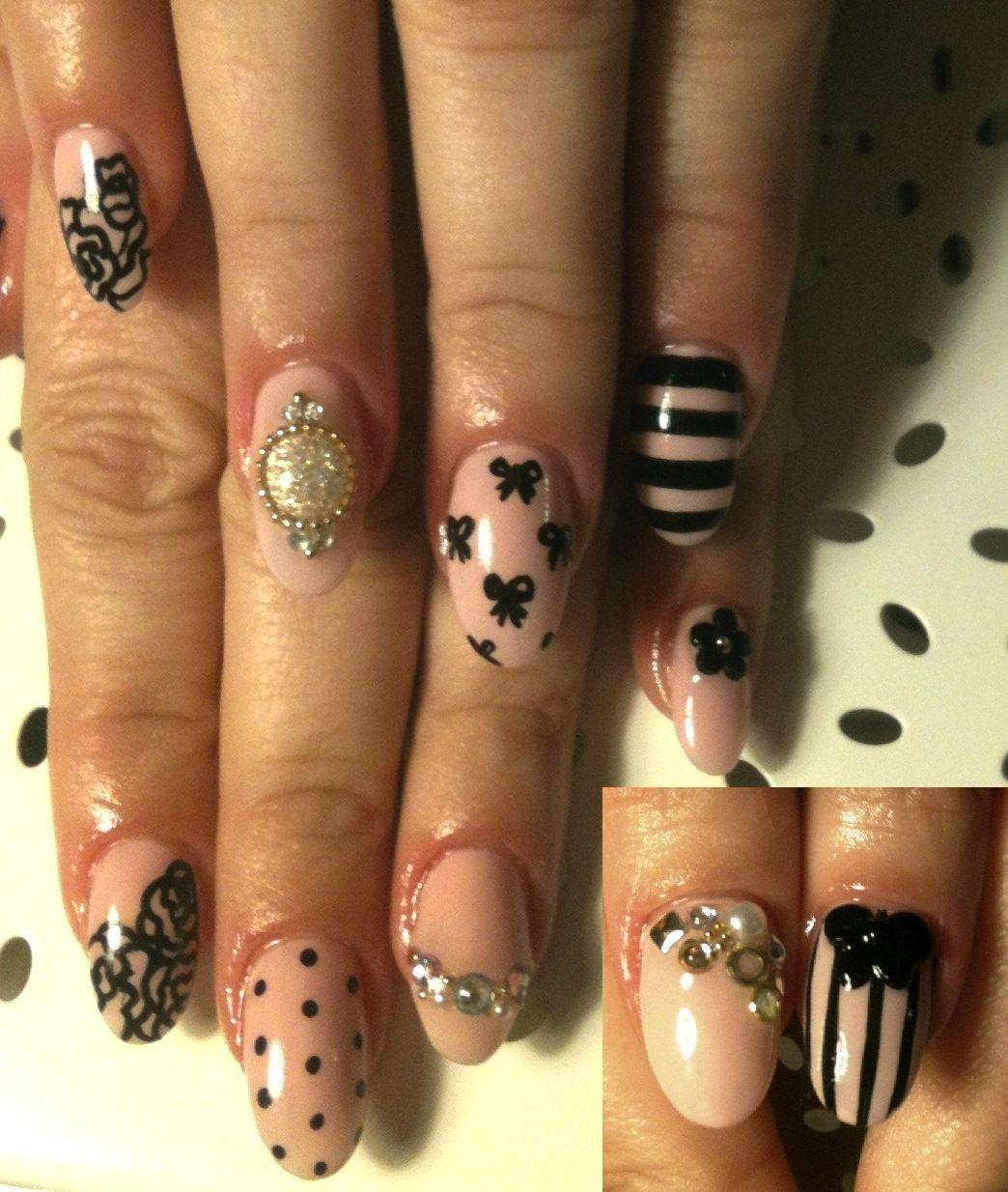 Nude and black jeweled nail art... Beautiful!   BE YOUTY   Pinterest ...