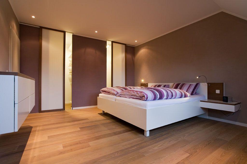 Pin auf Kleiderschrank & Bett