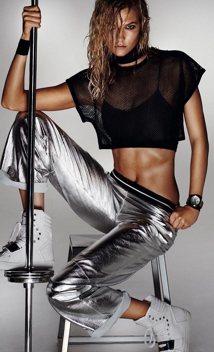 Карли Клосс для Vogue China