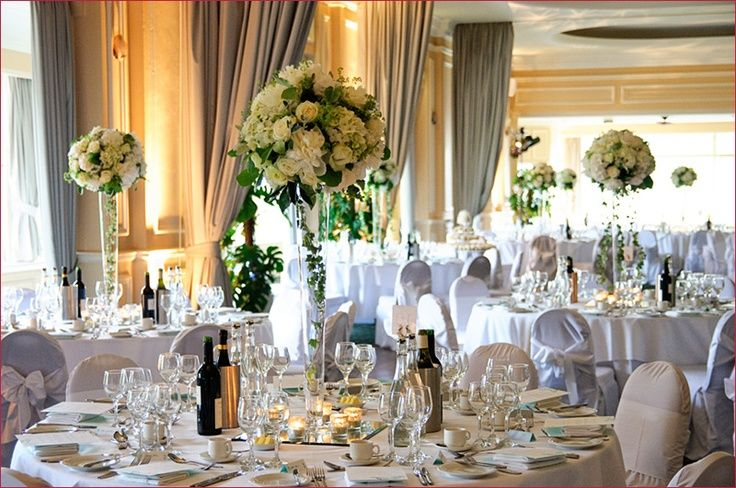 5 Things To Consider Before Booking Your Wedding Venue