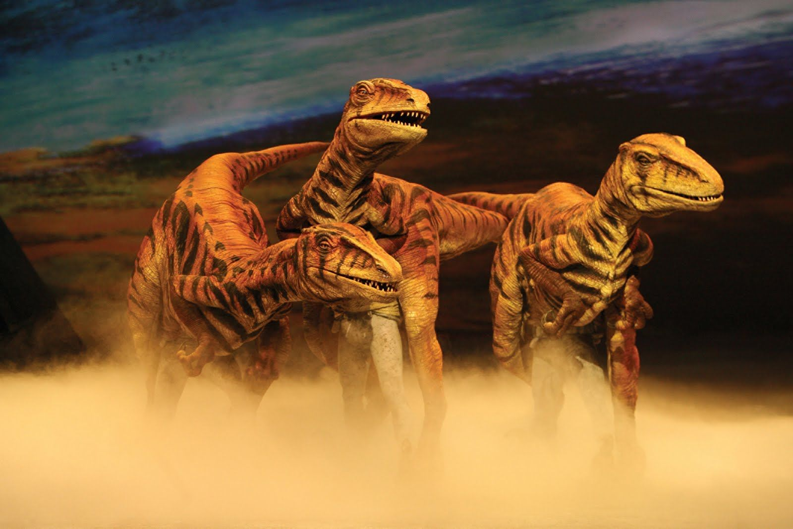 Pin By Matthew Skinner On Dinosours Walking With Dinosaurs Dinosaur Images Dinosaur Exhibition