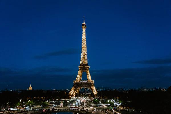 1000 Zoom Backgrounds Download Unsplash Eiffel Tower Fireworks Background Eiffel