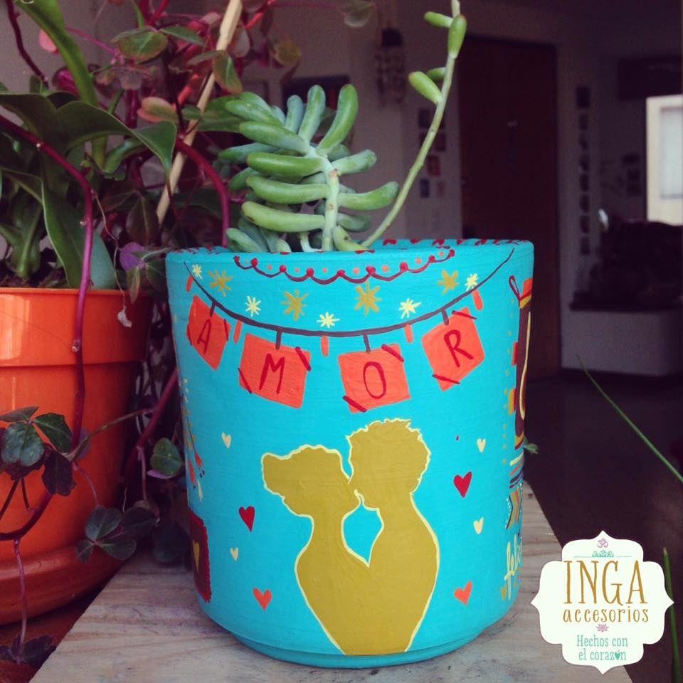 Materas Pintadas a mano personalizadas · pedidos: ingaaccesorios@gmail.com  Hechas con todo el corazón y palabras positivas. #artstyle #shoppingonline #artist #materas #macetas #love #potterybarn #art #handmade #plants #plantas #design #costume #claypot #artisanal #ceramicas #personalized #artcrafty #matrioskas #vintage #mandala #fridakahlo #gato #couple