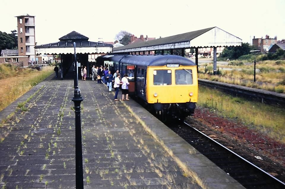 c7e8a00bfbb55507243f3c837607c002 - Tinpot Railways: Terminal decline #3