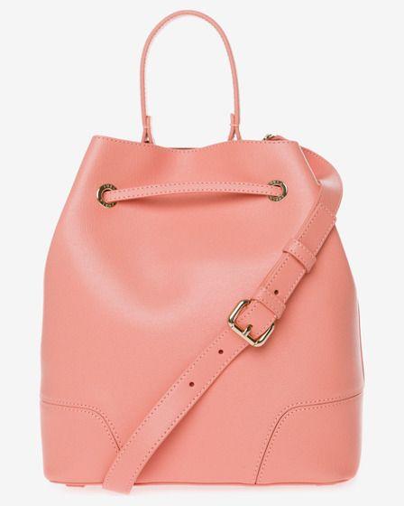 Trendové kabelky a batohy  81839fdb877