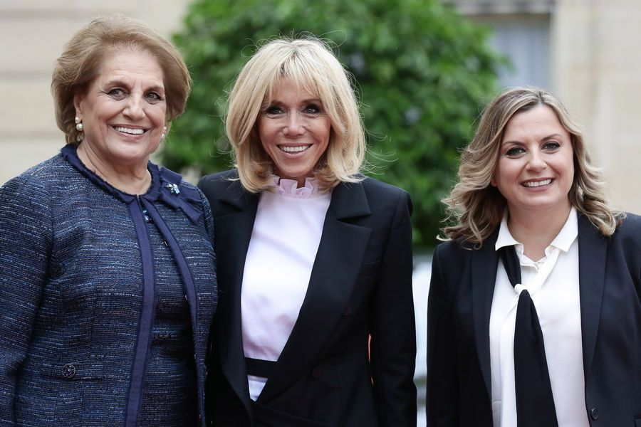 a l 39 elys e brigitte macron re oit nadia aoun la premi re dame libanaise brigitte macron. Black Bedroom Furniture Sets. Home Design Ideas