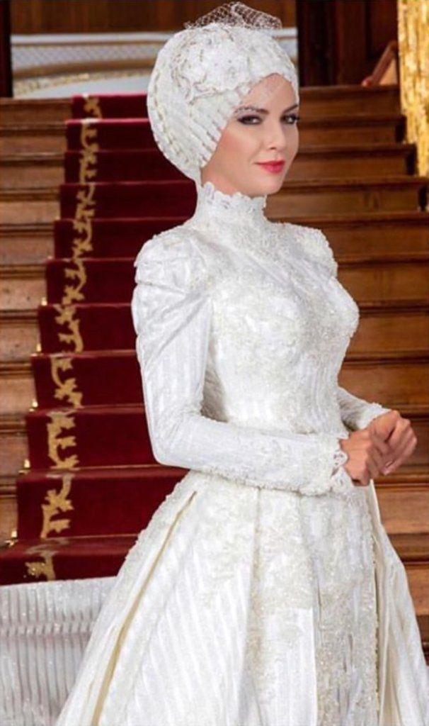 Ivana Sert Tesettur Gelinlik Giydi Giyim Gelinlik Victorian Elbiseler