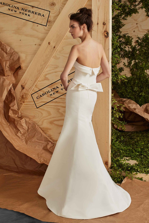 dad5e64a25dd ARIELLE | Love&Marriage | Carolina herrera bridal, Wedding dresses ...