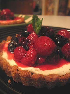 Vanilla Vodka Cheesecake Tartlets with Berries