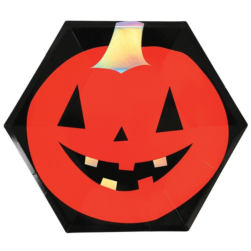 ASSORTED HALLOWEEN PLATES- Halloween themed party supplies in