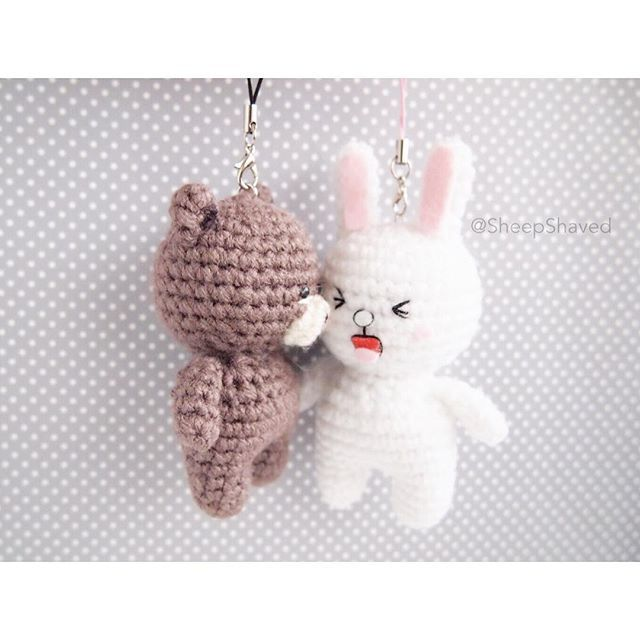 Nope. Not mad at all ~  #あみぐるみ #아미구루미 #amigurumi #accessory #Brown #BrownandCony #Cony #couple #craft #crafts #crochet #customorder #cute #DIY #handmade #keychain #linecamera #Linefriends #madeinCanada #madeinVancouver #MadeWithMichaels #Naver #Naverline #SheepShaved #yarn