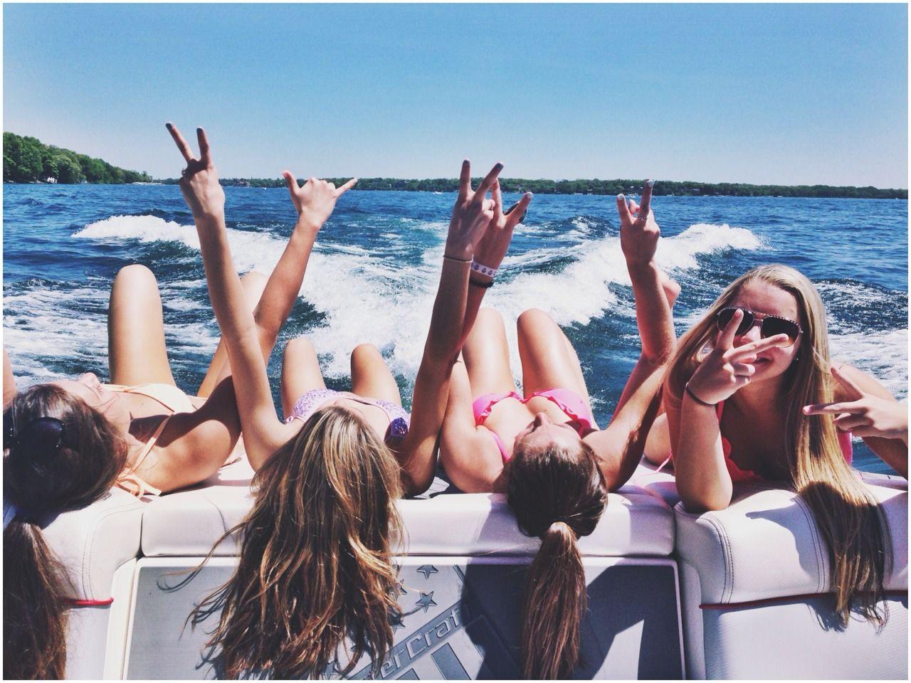 Naket teen swimming of boat