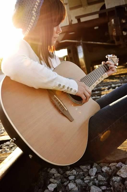 Guitar Gal In 2020 Music Instruments Guitar Music Guitar Music Photography